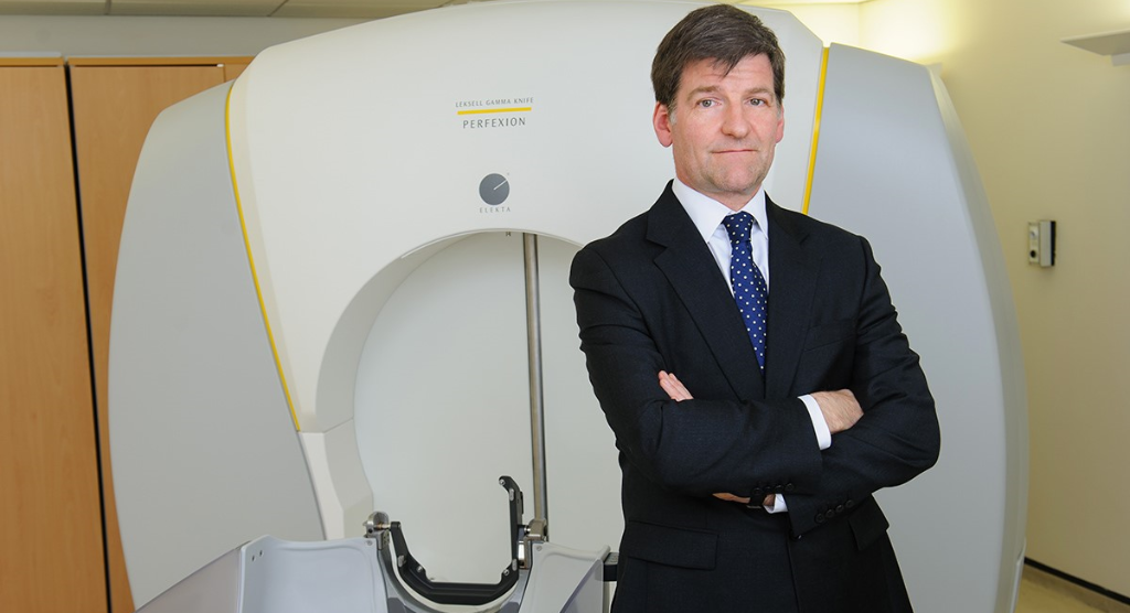 Study review questions finding of greater radionecrosis with Gamma Knife versus linac treatment